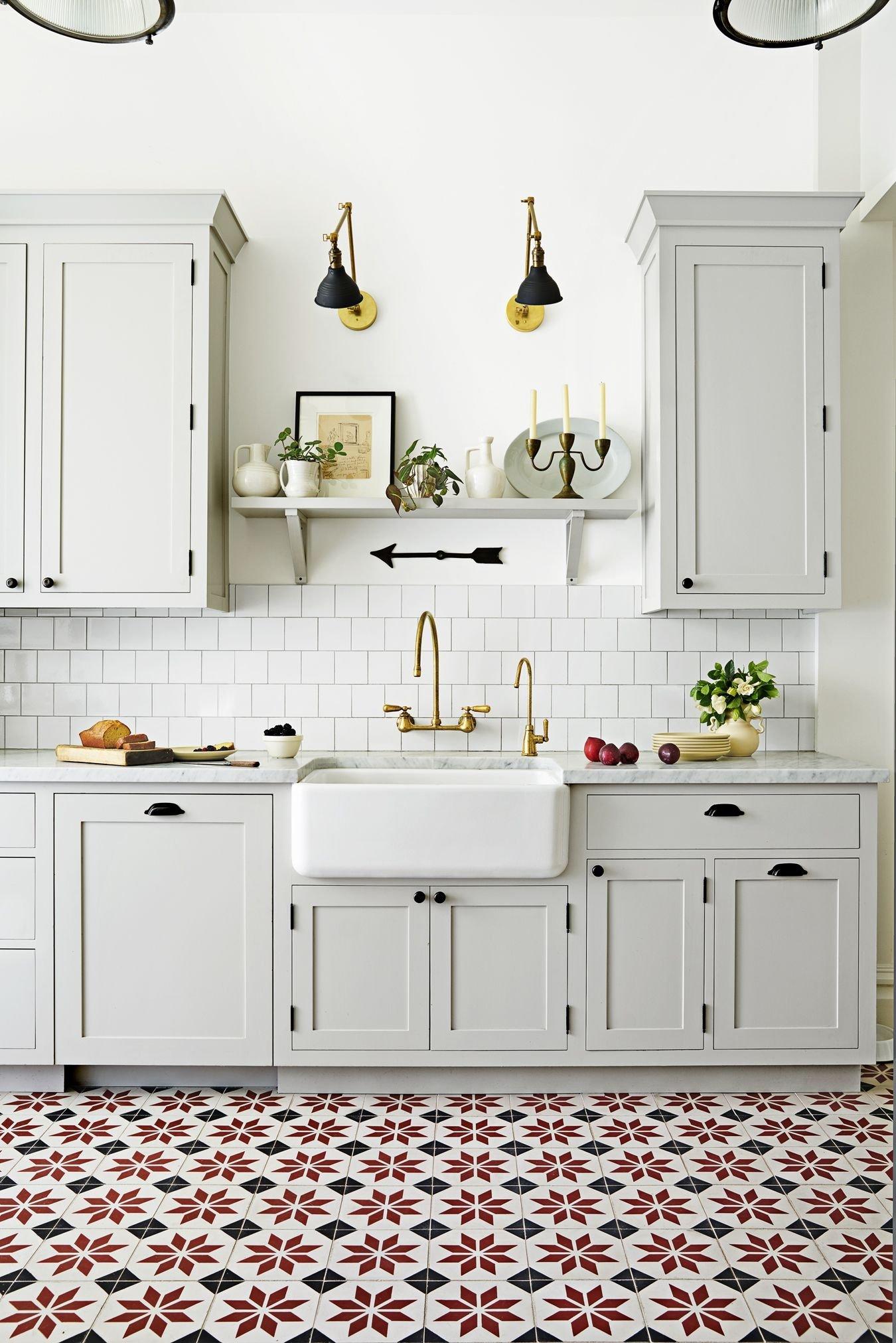 Patterned floor tiles kitchen