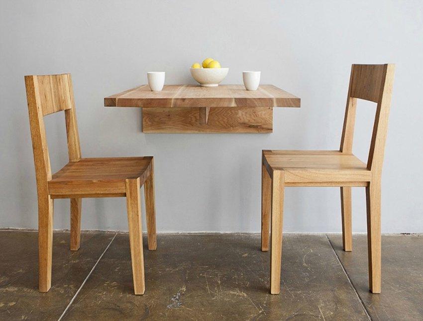 столик и стулья для кухни