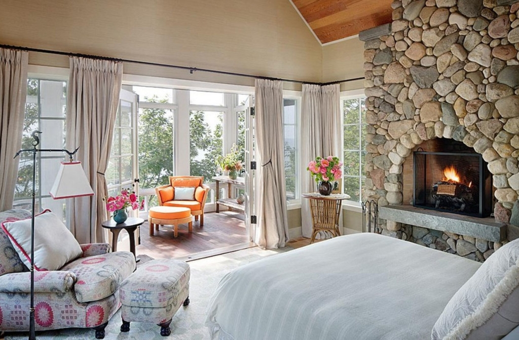 Дизайн балкона в спальне