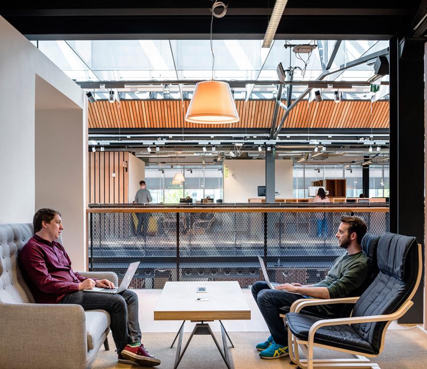 переговорная комната в офисе Airbnb