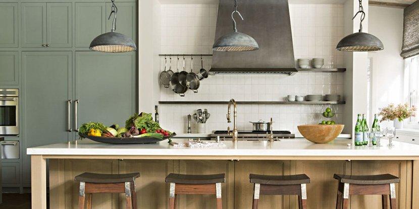 фото барных стульев на серой кухне