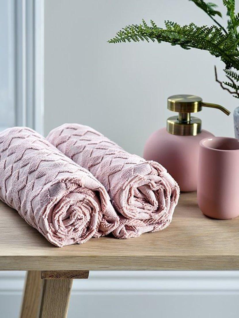 декор ванной полотенце