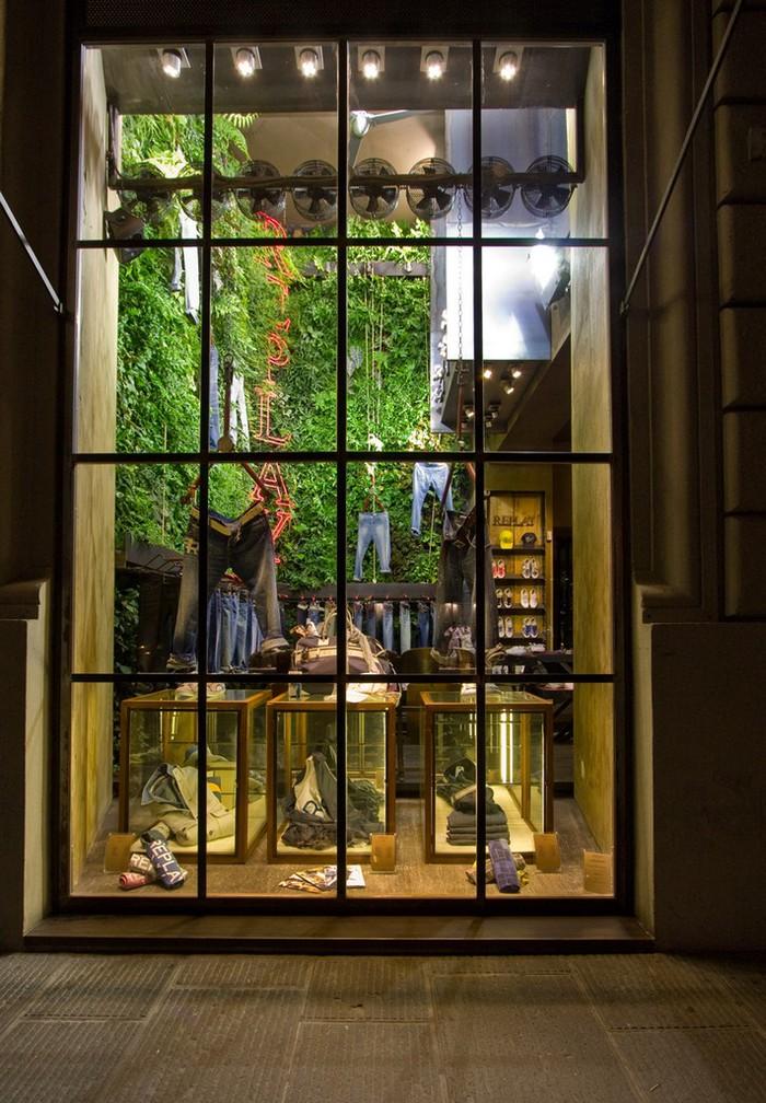 окна для витрин в магазине фото